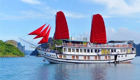 Amazing Experience Cruising With Your Dear Ones In Thành Phố Hạ Long