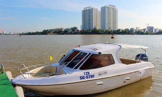 Speedboat With 12 Seats
