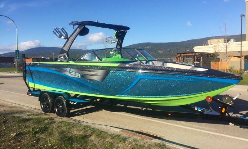 Rent a 23ft Luxury Tige Z3 Bowrider in Kelowna, Canada