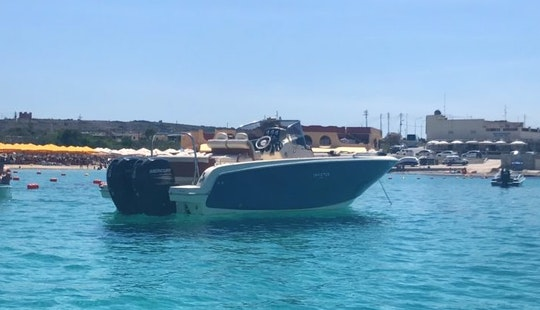 27ft Invictus Center Console Rental In Maltese Islands, Malta