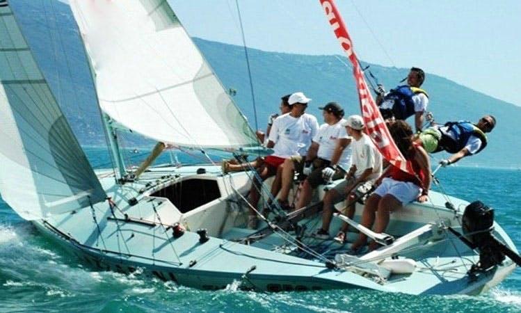Rent Asso 99 Daysailer in Torri del Benaco, Italy
