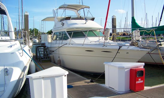 Motor Yacht Rental In Clear Lake Shores