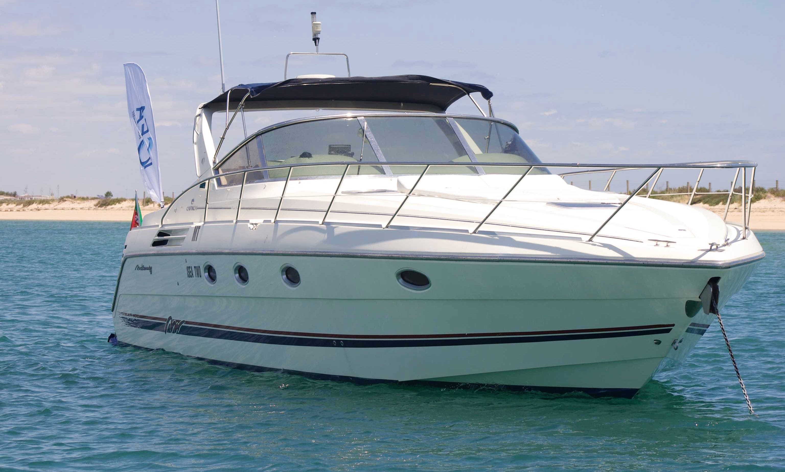Motor Yacht Private Boat Trips in Algarve, Portugal