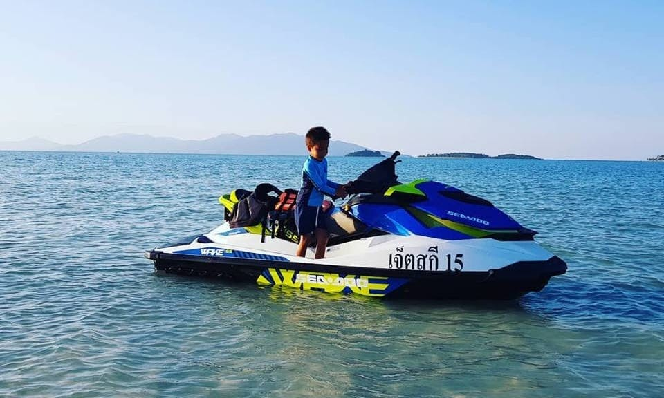 Have an electrifying jet ski experience in Ko Samui, Thailand