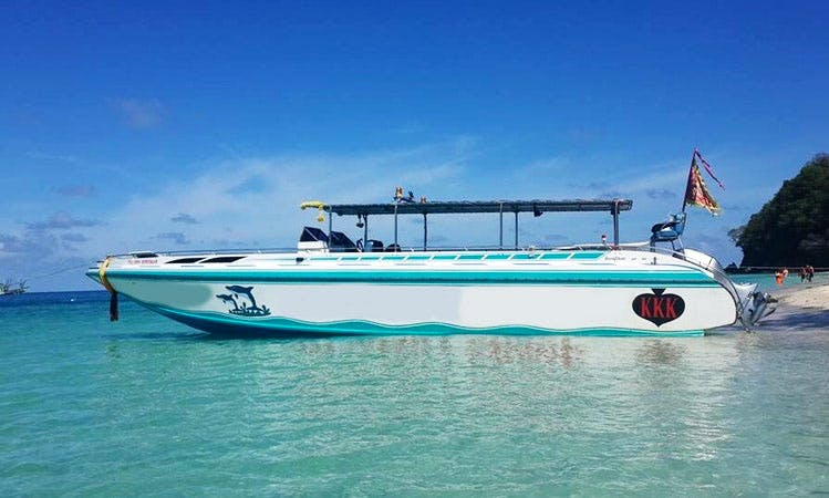 Discover Samed Island in Rayong, Thailand aboard a speedboat for 20 people
