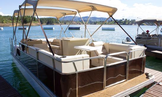 Book A 12 Person Pontoon In Guatape, Colombia
