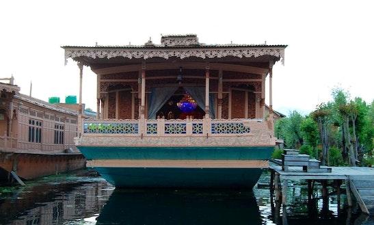 Charter Anarkali Houseboat At Dal Lake In Srinagar, Kashmir