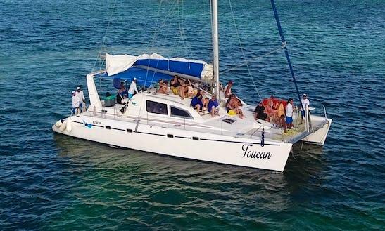 Power Catamaran Rental In Cancún