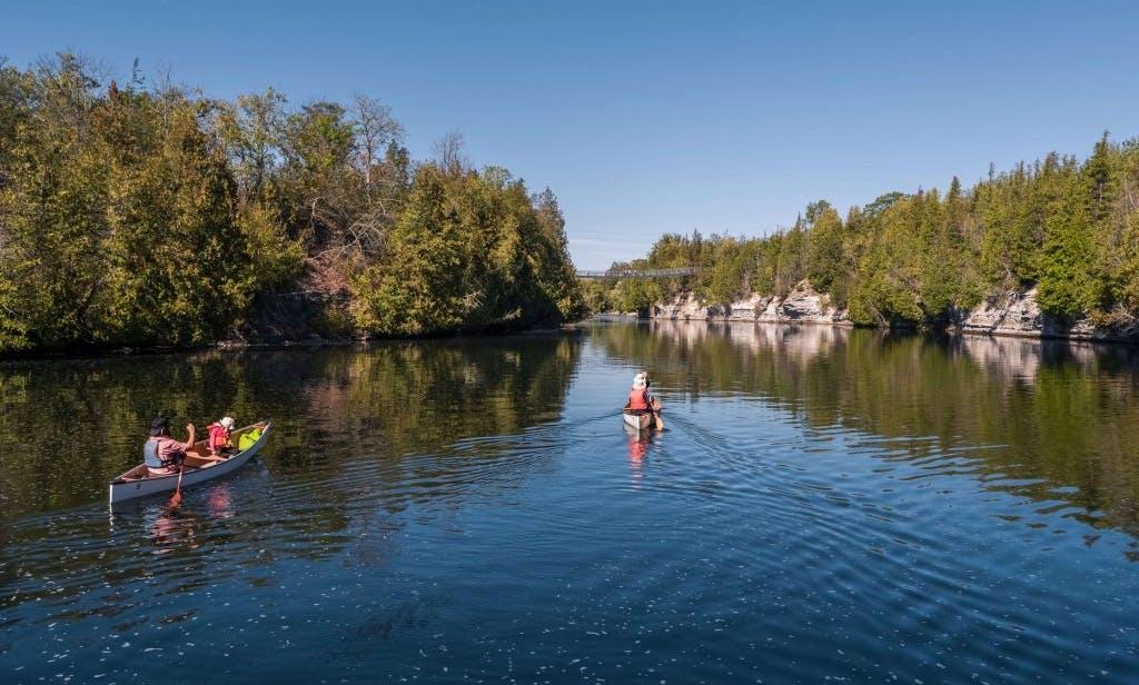 Two Seater Canoe Rental in Igloolik Island