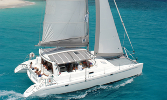 Great Sailing Experience In Philipsburg, Sint Maarten! Book A Sailing Catamaran!