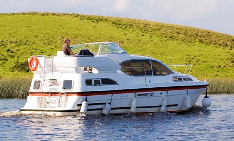 Charter 32' Inver Princess Motor Yacht in Northern Ireland, United Kingdom