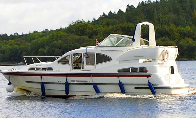 """Hire 35' Motor Yacht Cruiser """"Inver Duke"""" In Irvinestown"""