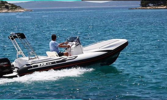 Hire A 10 Person Zar 53 Rigid Inflatable Boat In La Rochelle, France (license Required)