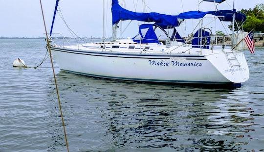Cruising Monohull Rental In Sheepshead Bay,