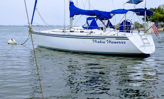 Cruising Monohull Rental In Sheepshead Bay,