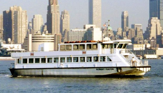River Ferry Tours For Up To 150 Passengers In Manhattan