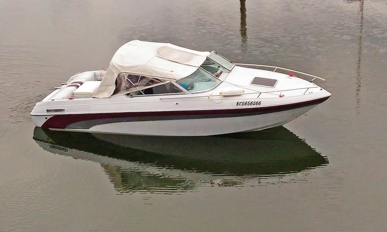 22 ft Cuddy Boat for rental or charter in Port Moody, BC