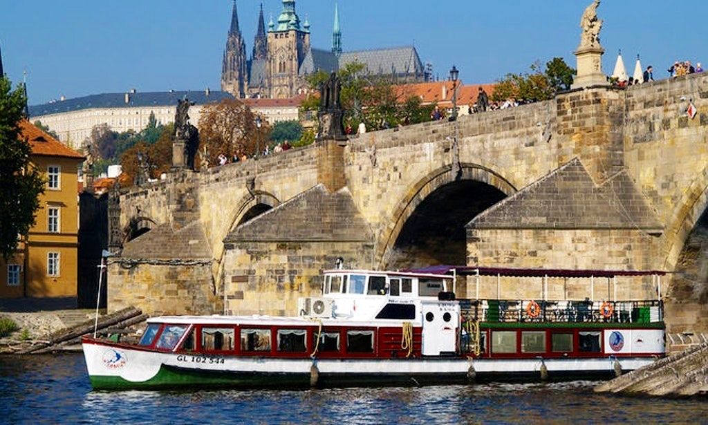Prague Boat Cruises
