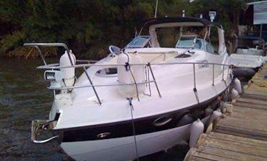 Luxury Motor Yacht Cruise To Lago Paranoá In Brazil