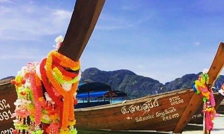 Island Hopping Trip in Phi Phi, Thailand!