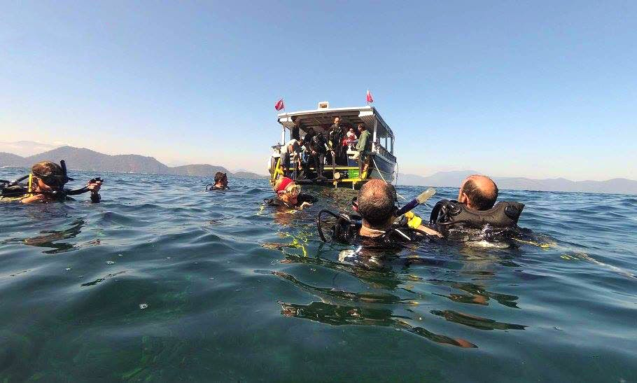 Let's Dive with the Professionals in Posadas, Argentina