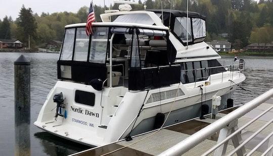 Motor Yacht Rental In Seattle