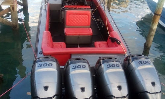 39' Midnight Express Center Console In Nassau, The Bahamas