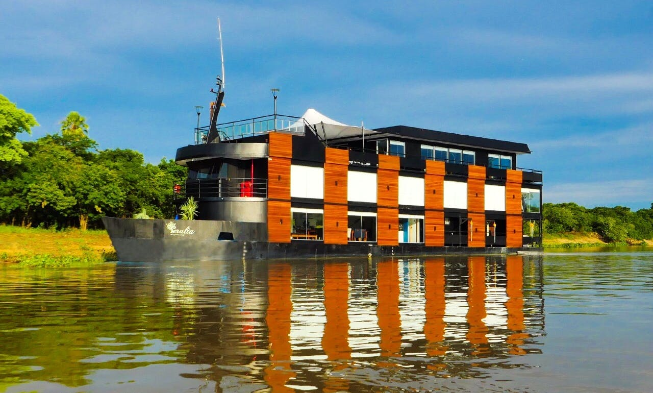 Floating Hotel Cruise in Mato Grosso do Sul, Brazil