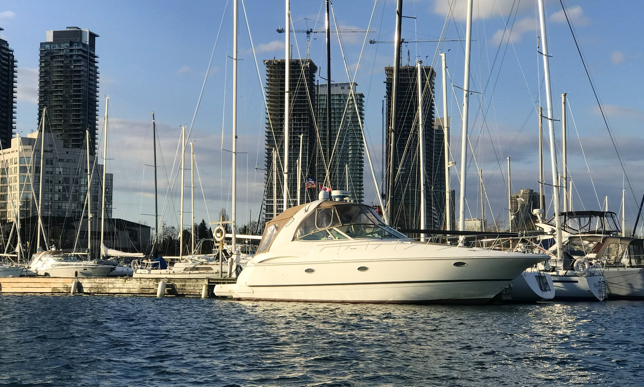 12 person Yacht rental in Toronto
