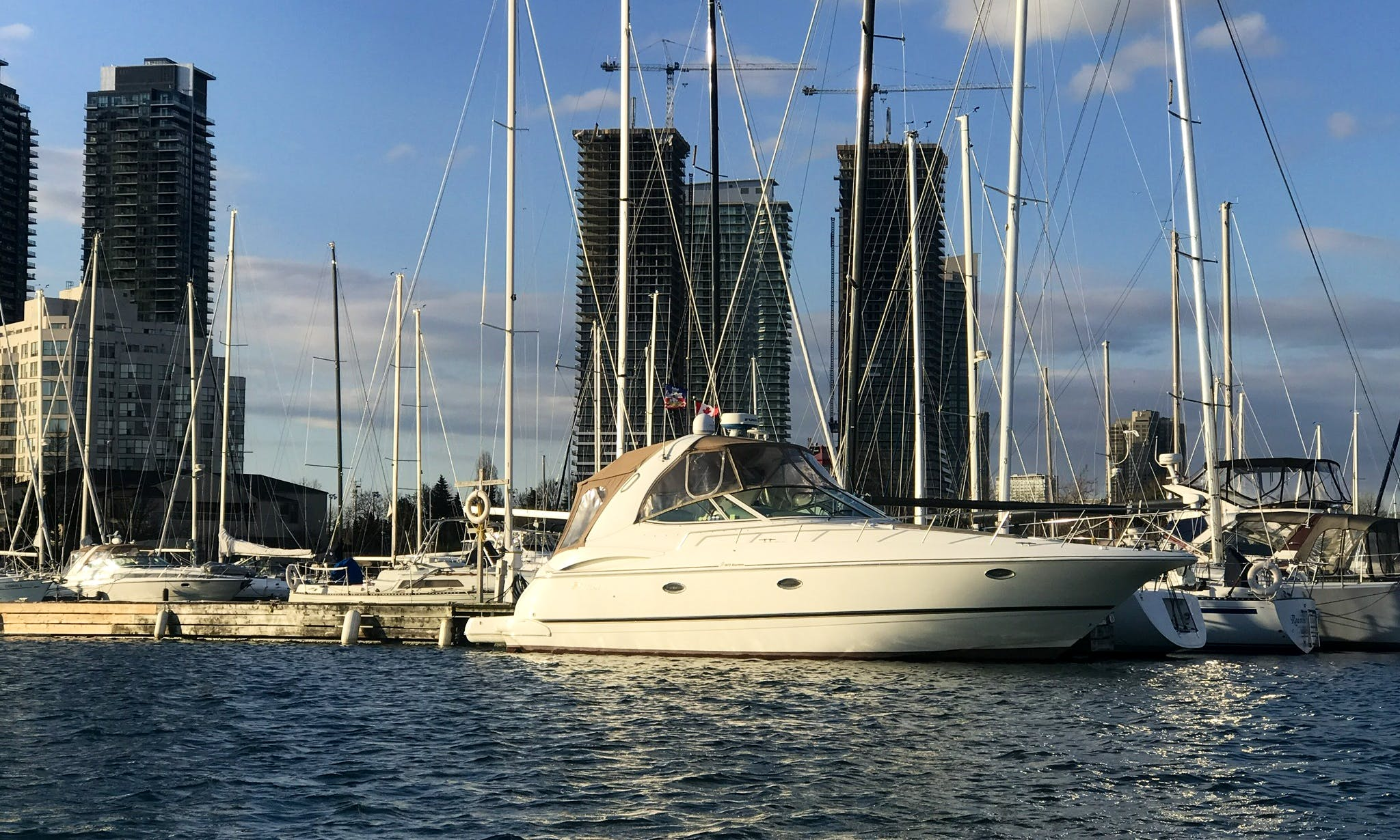10 person Yacht rental in Toronto