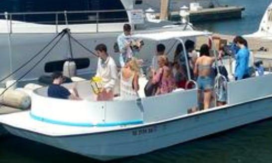 28' Carolina Skiff Deck Boat Rental For Up To 18 People In Charleston, Sc
