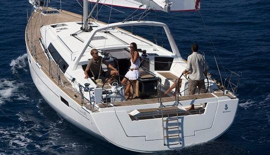 2016 Beneteau Oceanis 45 Sailing Yacht In Alimos, Greece