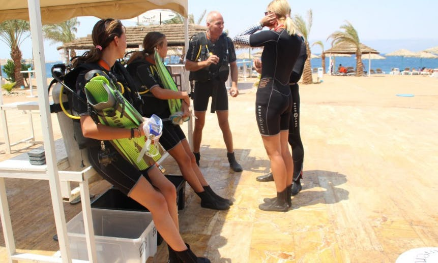 Diving Trip with a Professional Guide in Aqaba, Jordan