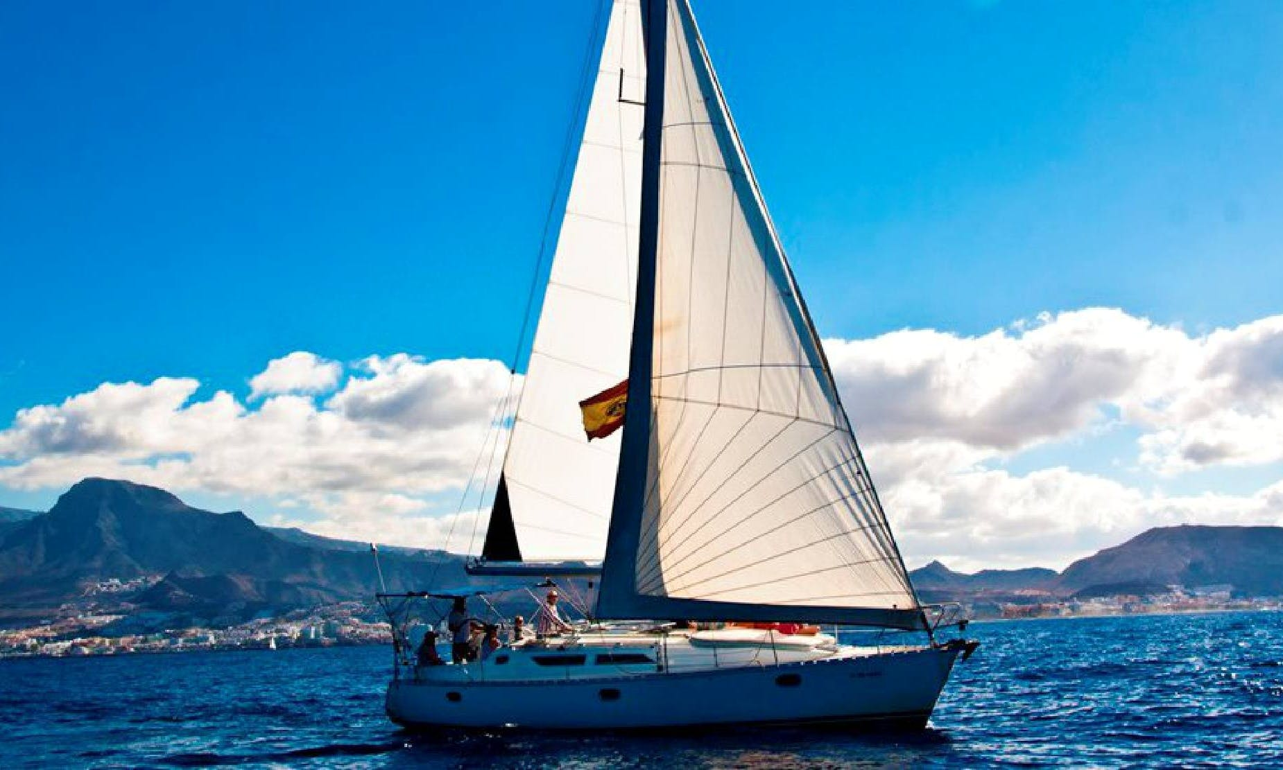 Tour Santa Cruz de Tenerife, Spain On-board a 39' Jeanneau Skyline 1 Cruising Monohull