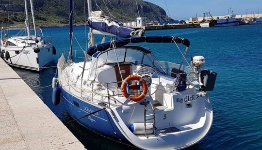Beneteau Oceanis Clipper 331 Sailing Charter For Up To 9 People In Trapani, Italy