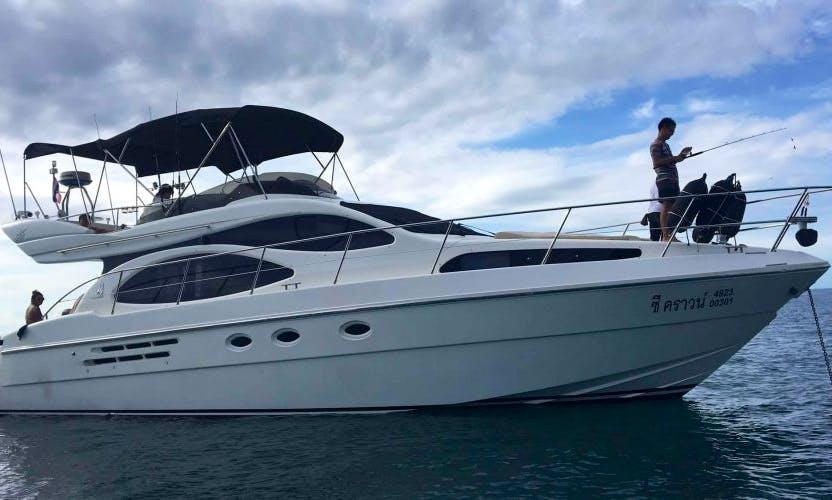 Charter the 46ft Azimut Power Mega Yacht in Muang Pattaya, Thailand