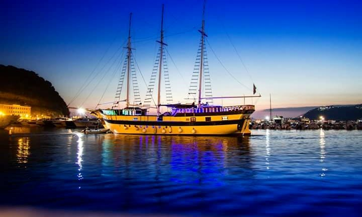 Sailing Mega Yacht Charter for 35 People in Capri