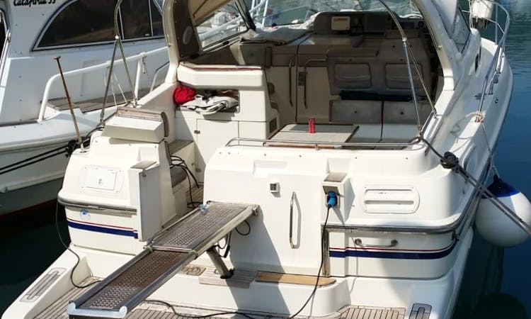 Motor Yacht rental in Split,day,week,excursion
