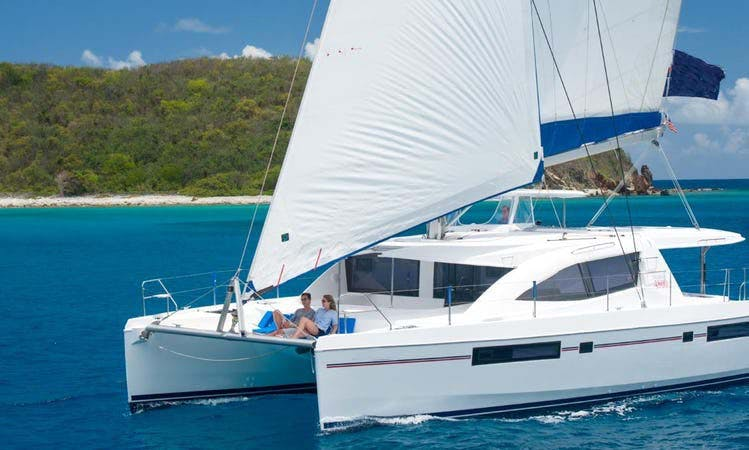 Enjoy Sailing Adventure Around Belize!