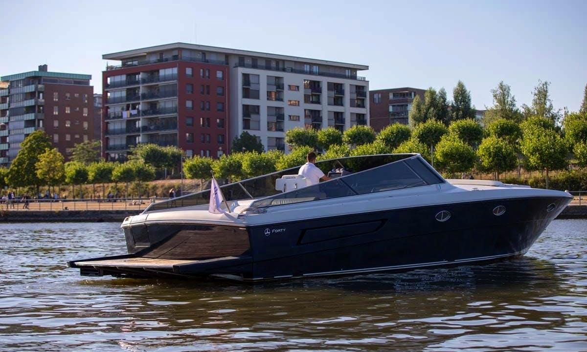 Luxury ITAMA Yacht Tour in Frankfurt am Main | Germany