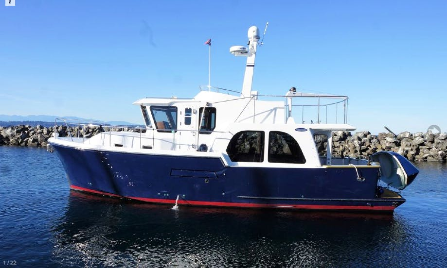 Comfortable, Safe Cruising In Seattle, Lake Union, Lake Washington, Bainbridge Island, Poulsbo and Ballard Locks and beyond.