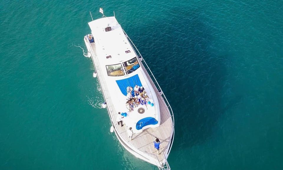 72 ft Powerboat Rental for Up to 20 People in Pattaya, Thailand