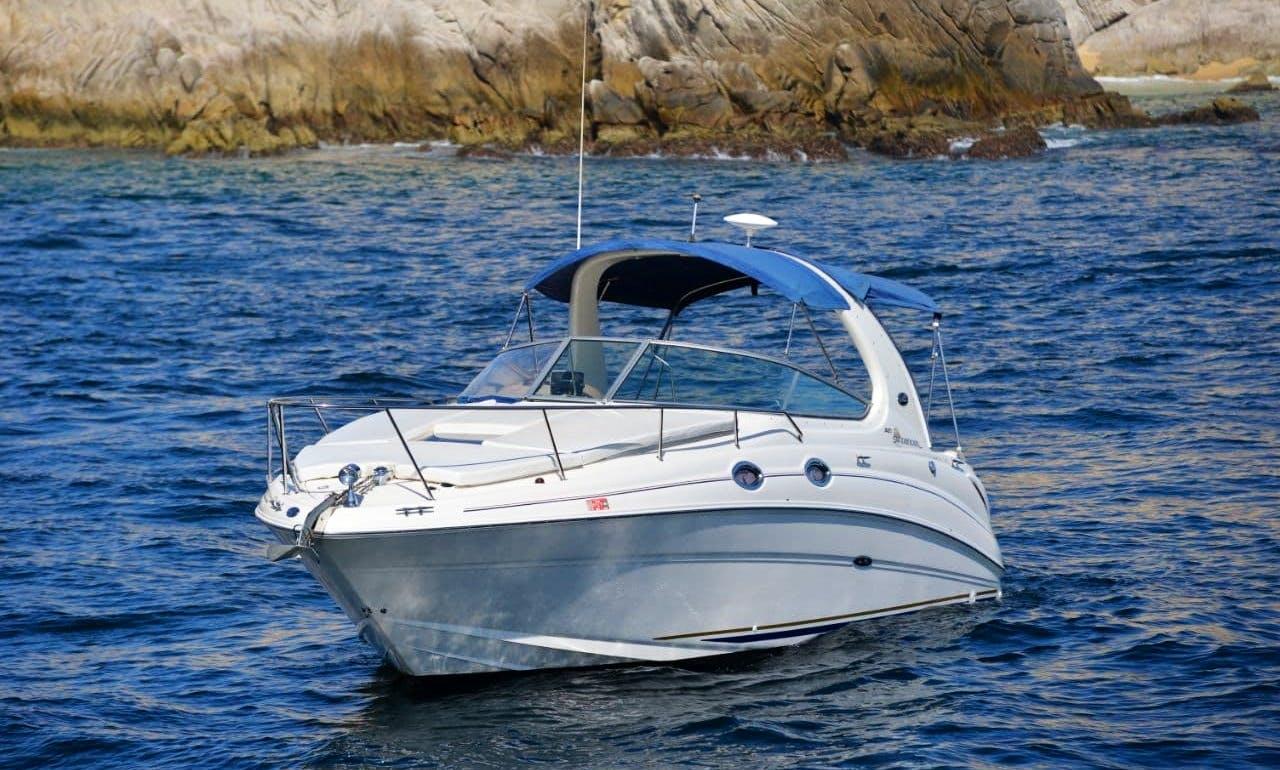 Motor Yacht rental in Cabo San Lucas
