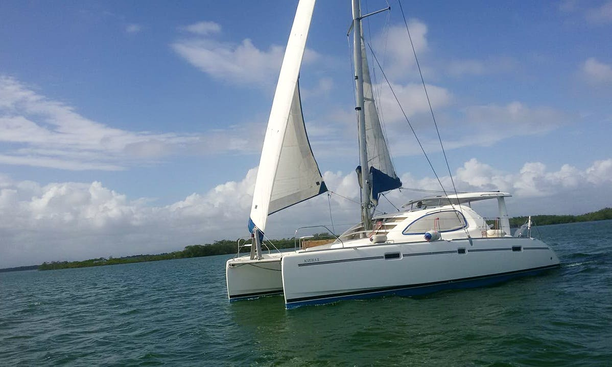 Cruising Catamaran rental in Placencia