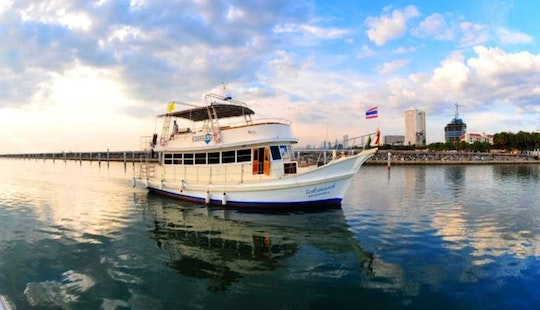 Party Boat Rental In Pattaya