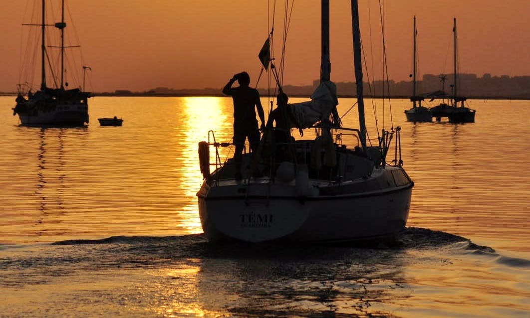 Costa de Cádiz 7 Day Cruise on 44' Jeanneau Sailing Yacht