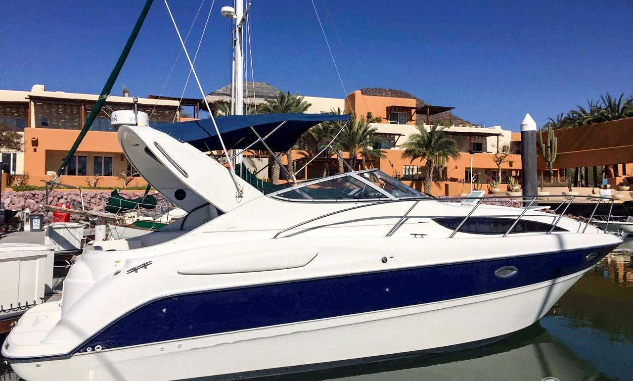 31' Bayliner Motor Yacht Rental in Baja California Sur, Mexico for 10 person!