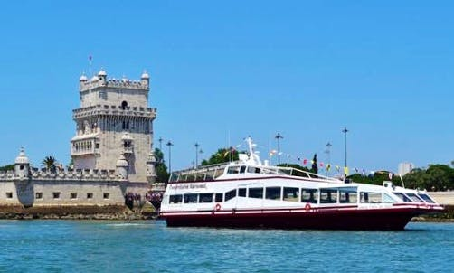 1.5 Hour Sigtseeing Cruise on Tagus River - Private Charter Available in Lisboa