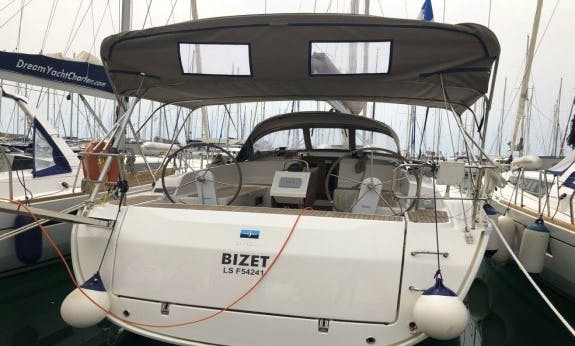 A fun way to travel in Muğla! Book the Bavaria Cruiser 46 Cruising Monohull