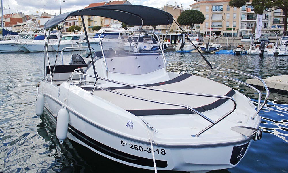 Rent 2018 Beneteau Flyer 5.5 Sundeck Boat in L'estartit, Costa Brava